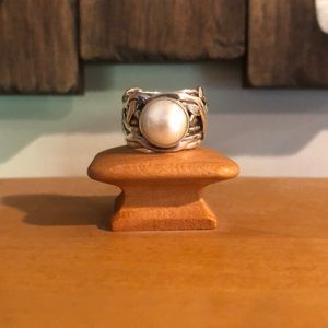 Silpada Retired Wide Band Coin Pearl  Ring